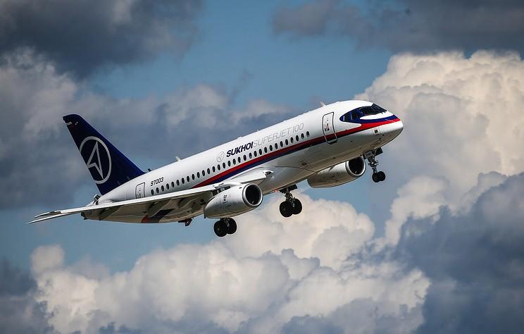 Тестовый самолет SSJ-100 совершил жесткую посадку в аэропорту Жуковский