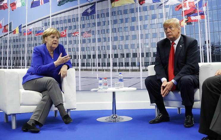 """Трамп заявил, что проводит """"отличную встречу"""" с Меркель на полях саммита НАТО"""