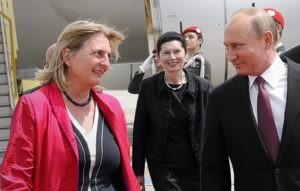 Песков рассказал о планах Путина на день рождения