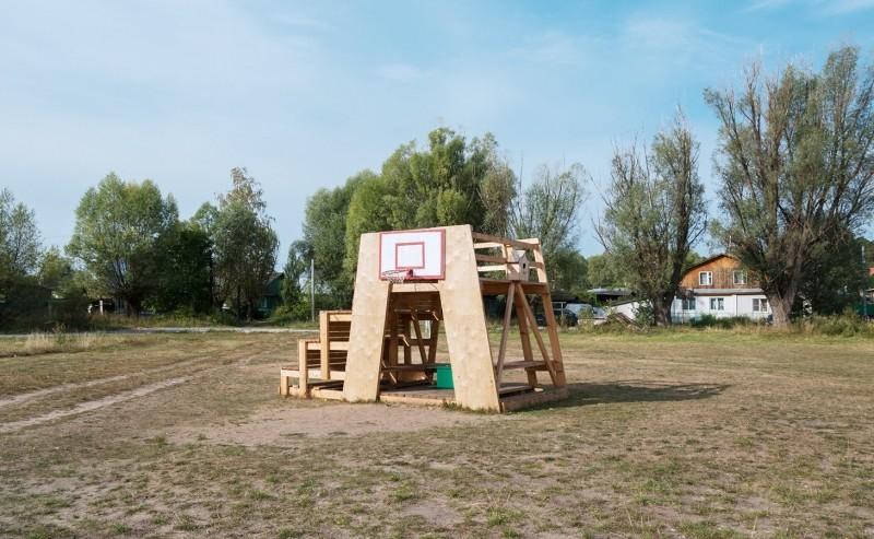 Как подружиться с соседями и вместе сделать двор и город лучше. Пример из города Выкса