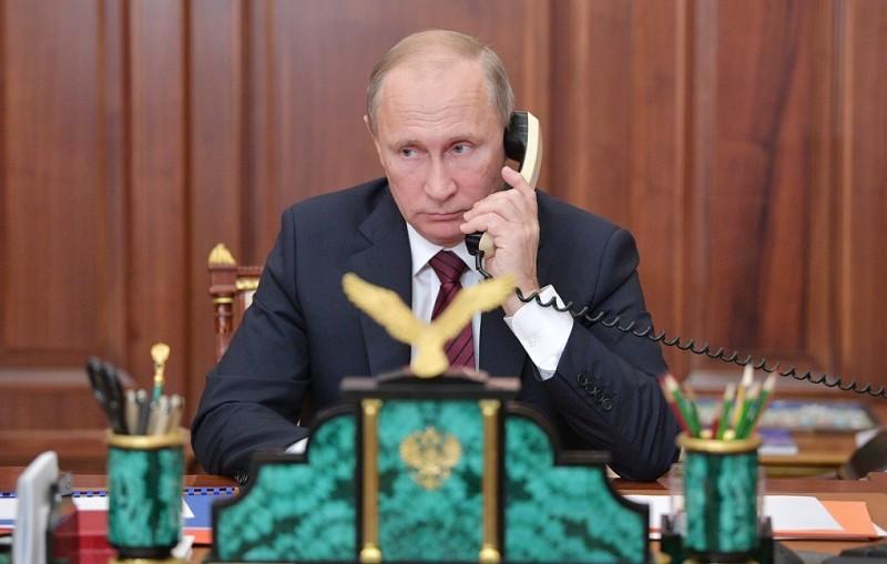 Президенты Белоруссии и России по телефону обсудили повестку двусторонних отношений