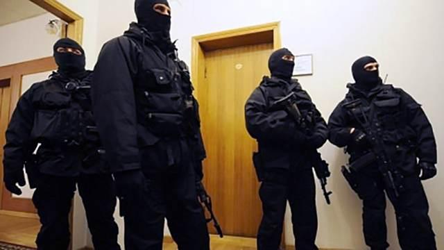 Полицейские провели следственные мероприятия в здании ПФР в Дагестане