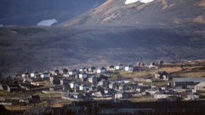 Якутия борется с двумя лесными пожарами в зоне тушения