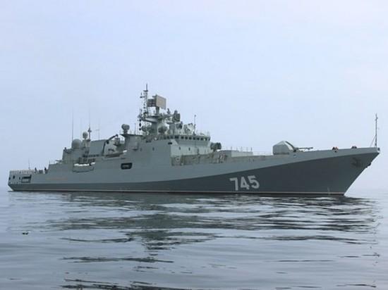 """Британские СМИ назвали """"Третьей мировой"""" поход российского фрегата в Азов"""
