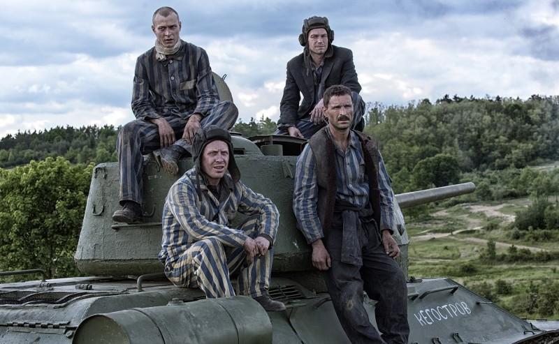 «Т-34»: новогодний фильм для тех, кто в танке