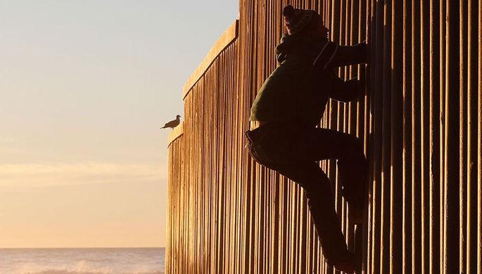 На американо-мексиканской границе обнаружили туннель