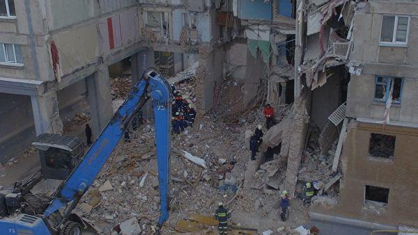 Минстрой обследует дом в Магнитогорске после демонтажа подъездов