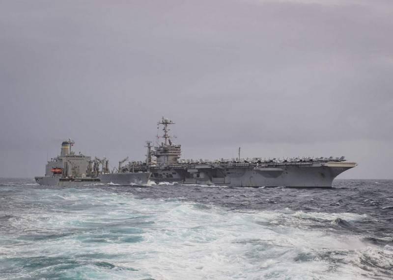 Командование ВМС США намерено отправить авианосную группу в Арктику