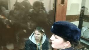 Подруга убитой после вечеринки матери-одиночки: Ее образ жизни привел к такому исходу