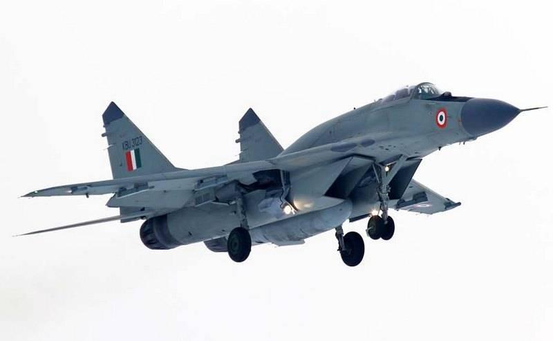 Индия начала переговоры о срочной закупке российских истребителей МиГ-29