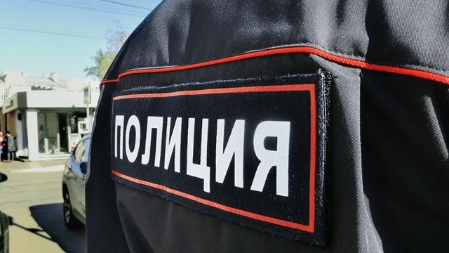 В ходе ссоры в общежитии в Москве мужчина получил ножевые ранения