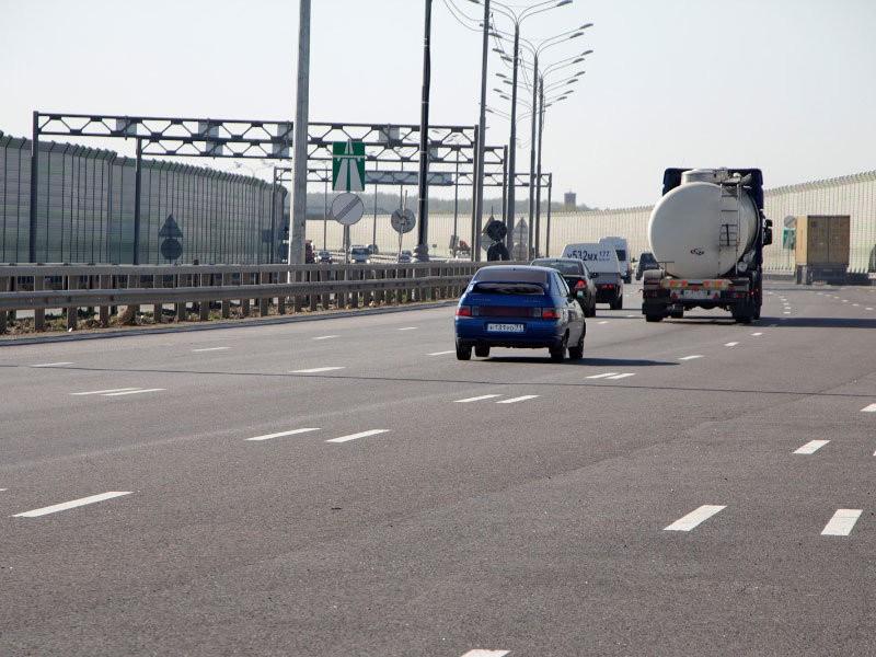 В Минтрансе предложили втрое повысить штраф за остановку на автомагистрали