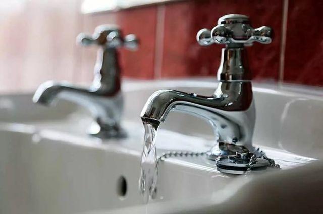 Названы страны, где лучше не пить воду из-под крана