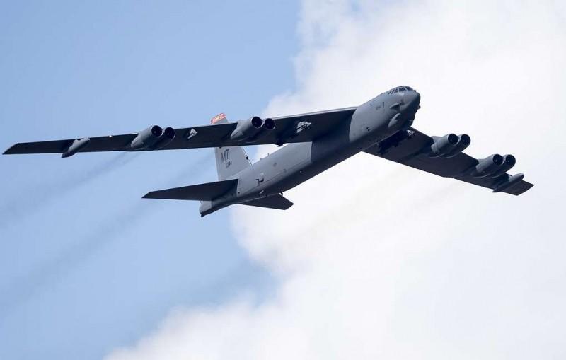 Бомбардировщик США пролетел над Балтикой в 150 км от границ России