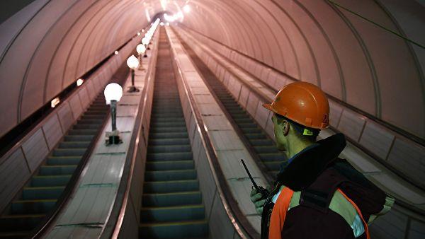 Новые эскалаторы установят на девяти станциях метро Москвы за два года
