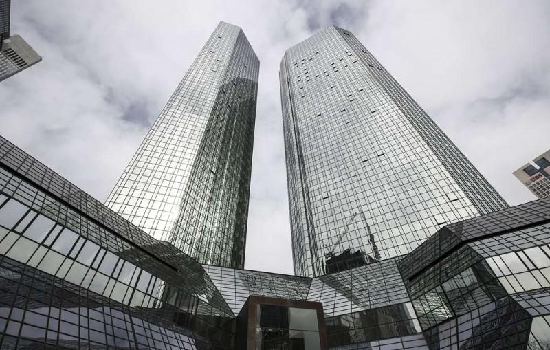 DPA: Deutsche Bank и Commerzbank начинают переговоры о возможном слиянии