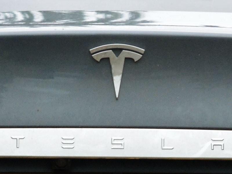 Илон Маск объявил о премьере новой модели Tesla 14 марта