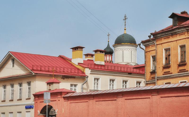 Белокаменная, красная излатоглавая: какого цвета Москва насамом деле