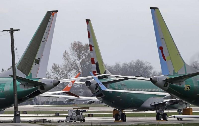 ЕС приостановил все полеты Boeing 737 MAX 8