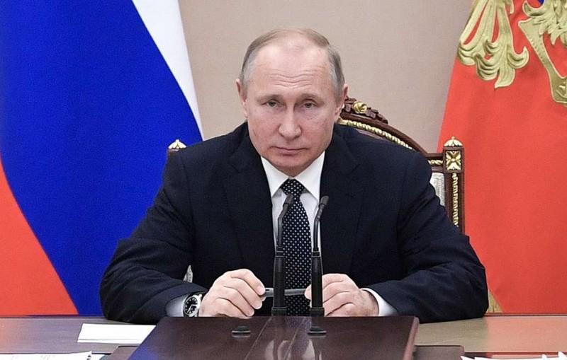 Путин и топ-чиновники Кремля отчитались о доходах за 2018 год