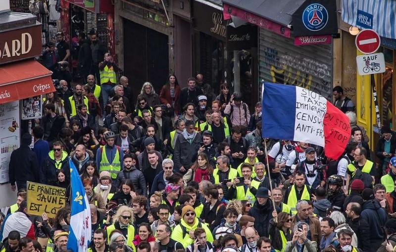 Скорость и мобильность. Полиция применила новую тактику на протестах в Париже