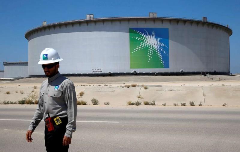 Reuters: Саудовская Аравия пригрозила США отказаться от расчетов в долларах