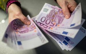 В Москве ухажер с сайта знакомств обокрал женщину почти на 400 тыс. рублей