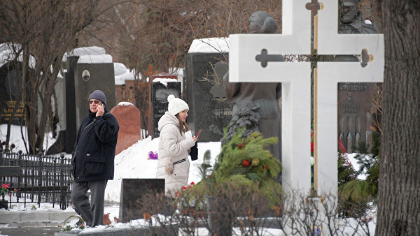 Якушев: законопроект о частных кладбищах находится в стадии обсуждения