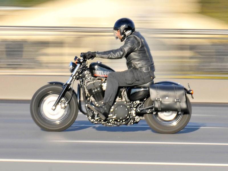 В ГИБДД Москвы призвали мотоциклистов подождать с открытием сезона