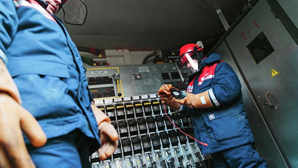 МОЭСК подключила к электросетям легкоатлетический манеж в Алтуфьеве
