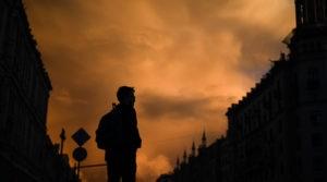 Избитого отцом школьника нашли в электричке в Петербурге