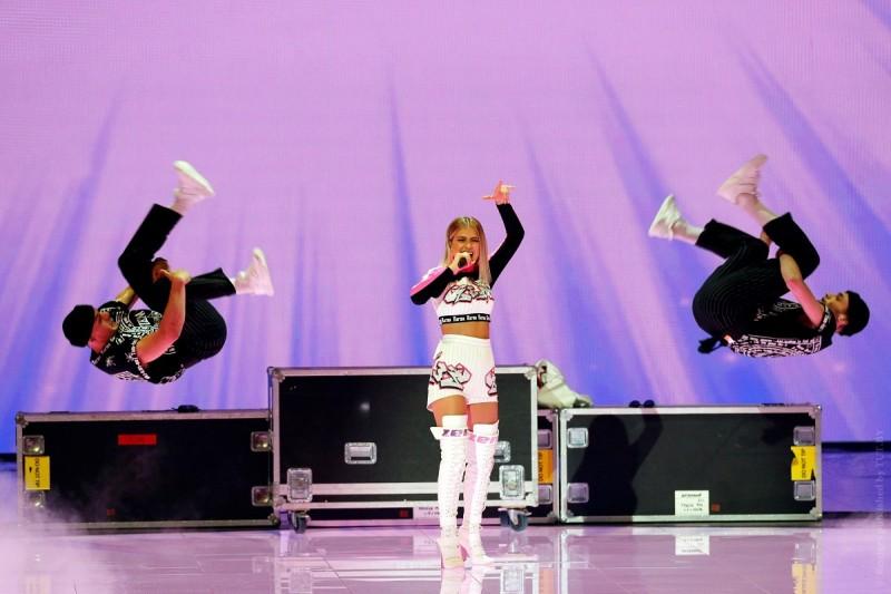 Что опервом полуфинале «Евровидения» думает белорусское жюри икак имвыступление Зены?