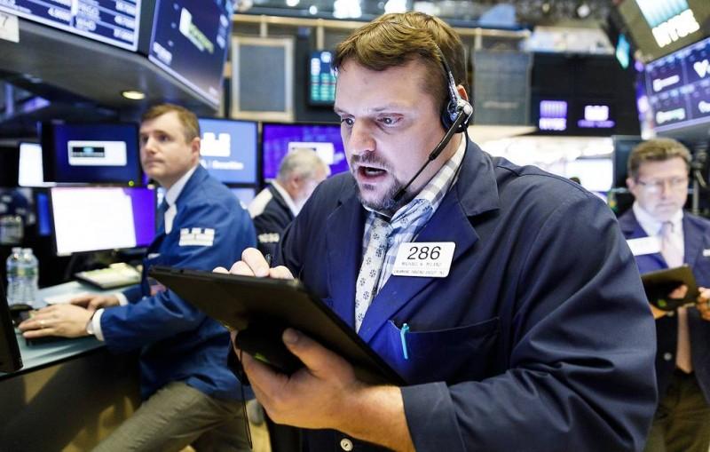 Dow Jones упал более чем на 630 пунктов после заявления Китая о пошлинах на товары из США