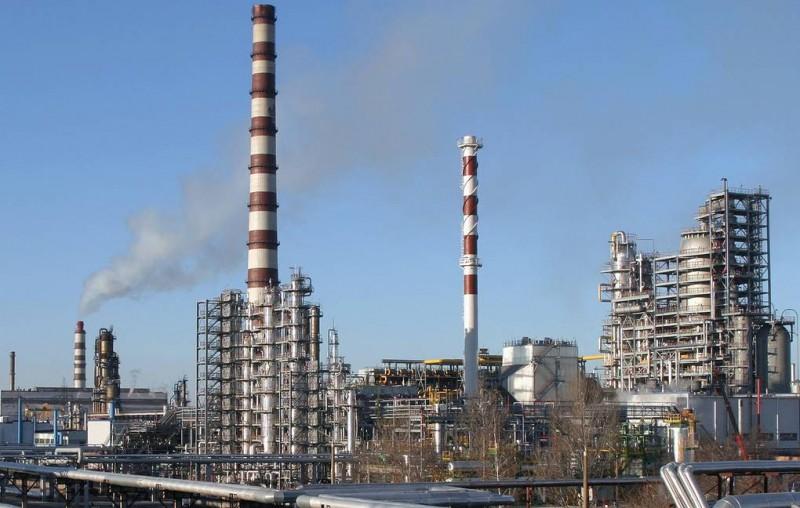 Белоруссия приостановила транзит нефти в направлении Украины