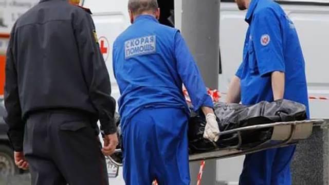 Обезглавленное тело женщины нашли возле дома в Подмосковье