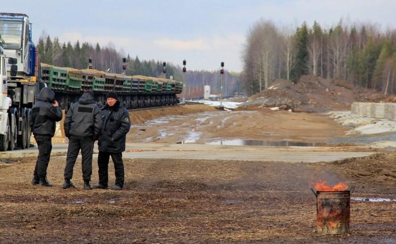 Что происходит настанции Шиес, куда власти планируют свозить московский мусор