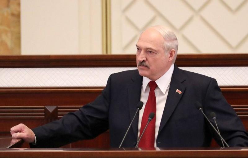 Лукашенко оценил ущерб Белоруссии от загрязненной нефти в сотни миллионов долларов