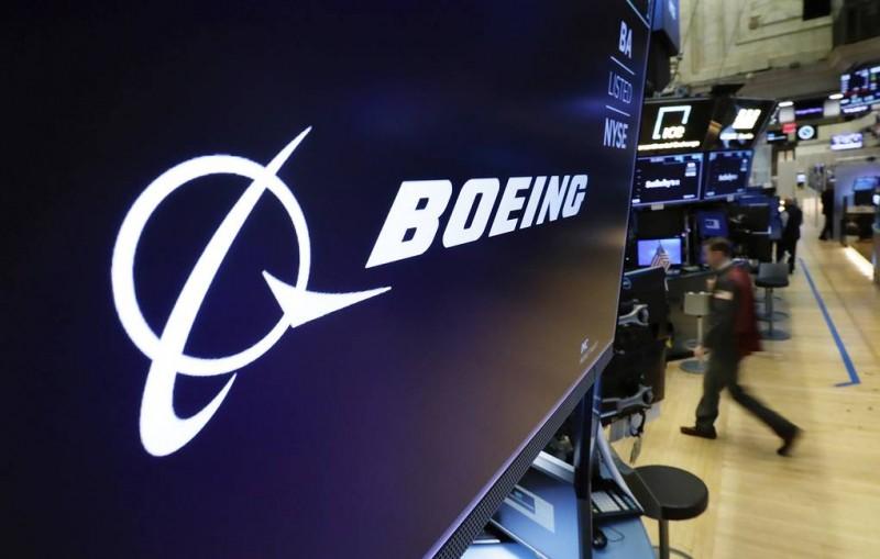 AP: Boeing не планировал исправлять ошибку в автоматической системе 737 MAX до 2020 года
