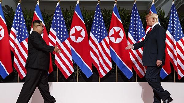 Трамп и Ким Чен Ын поблагодарили друг друга за встречу на границе Корей