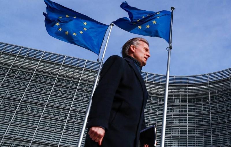 Еврокомиссия рекомендовала европейскому бизнесу готовиться к Brexit без соглашения