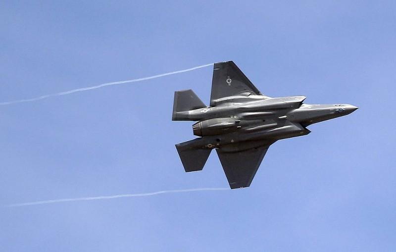 Reuters: США решили прекратить прием турецких пилотов для их обучения на F-35