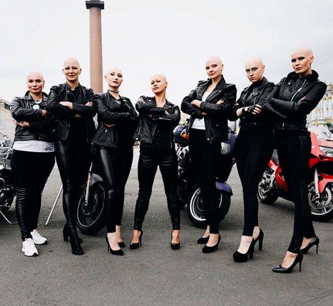 «Лысая— неругательство»: как работает проект, объединивший женщин салопецией