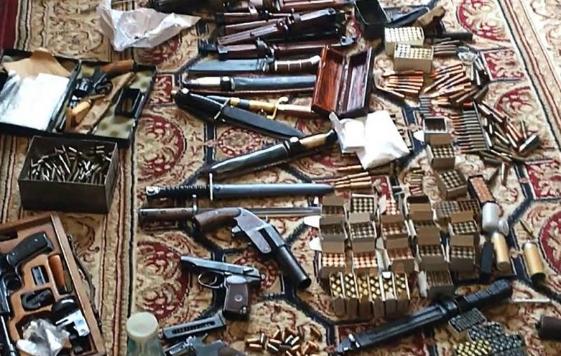 ФСБ выявила 10 нелегальных оружейных мастерских