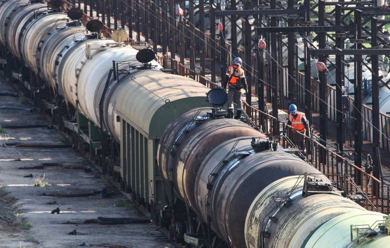 Кабмин Украины ввел спецпошлины на импорт из России дизеля и сжиженного газа