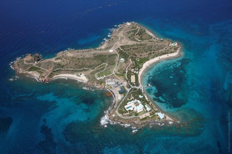 ВСША задержали миллиардера. Как выглядит его частный остров вКарибском бассейне