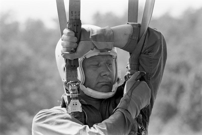 Посмотрите нажизнь астронавтов, которые первыми высадились наЛуну