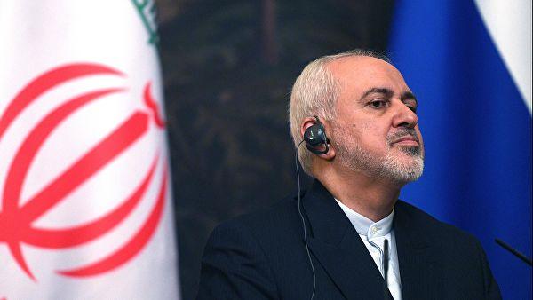 Зариф заявил, что Иран не хочет закрывать Ормузский пролив, хотя мог бы