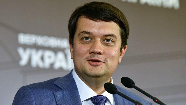 В партии Зеленского подготовили 465 изменений в разные законы