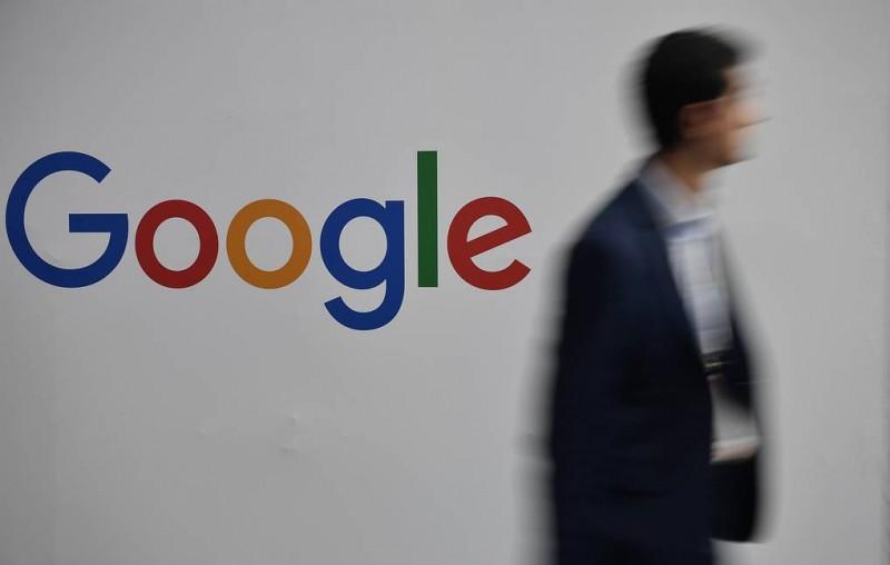 Роскомнадзор требует от Google запретить рекламу незаконных акций в YouTube