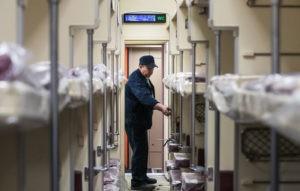 Представитель Заворотнюк опроверг информацию о ее госпитализации